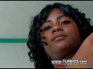 Videá z čiernych dievčat s sex