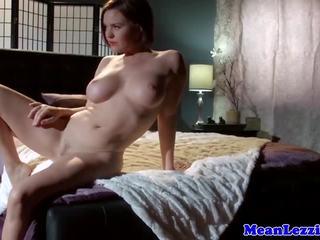 forró leszbikus fogság pornó